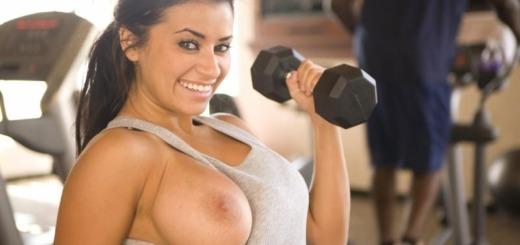 alexa loren gym 08 800x533