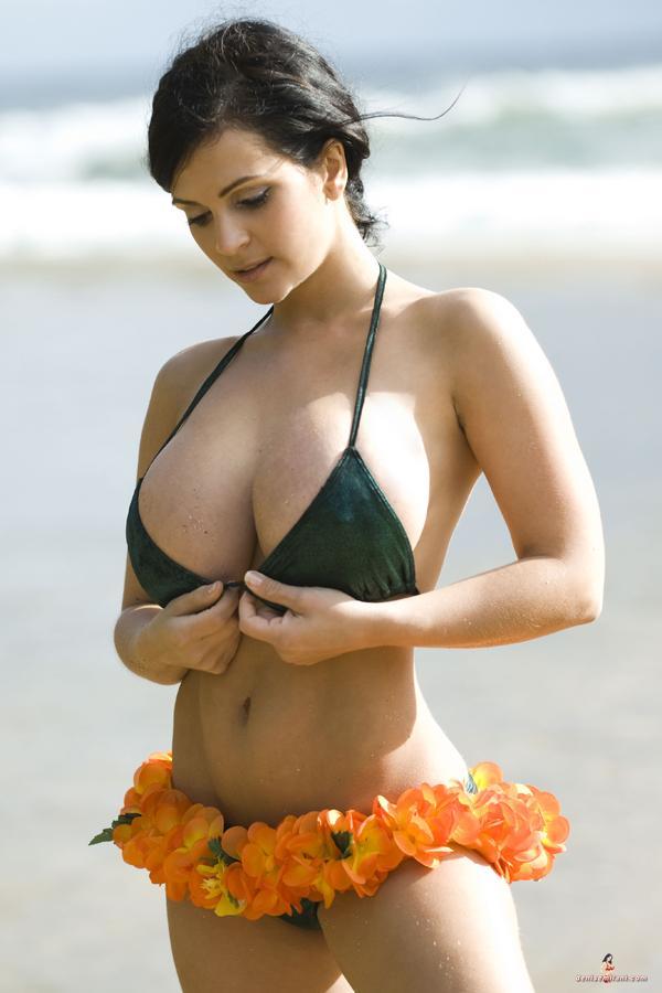 big boobies 25