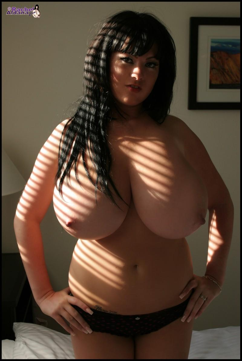big boobies 54 800x1194