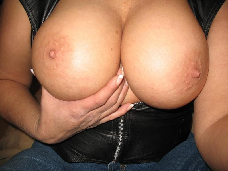 big boobies 77 800x600