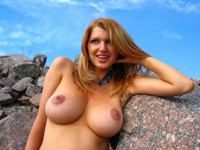 big boobies 78 800x600