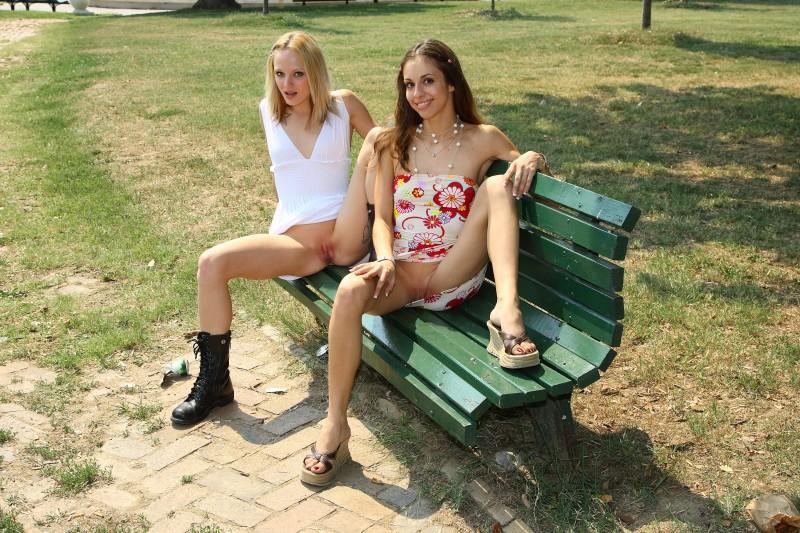 bottomless girls nude mix 12 800x533