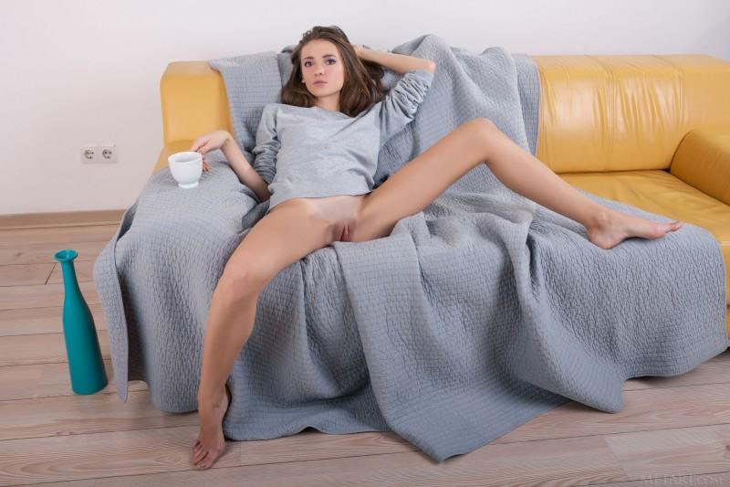 bottomless girls nude mix 42 800x533