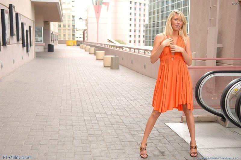 brynn flash in public bottomless orange dress ftvgirls 01 800x531