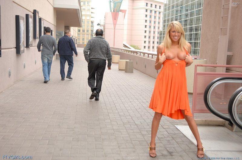 brynn flash in public bottomless orange dress ftvgirls 03 800x531