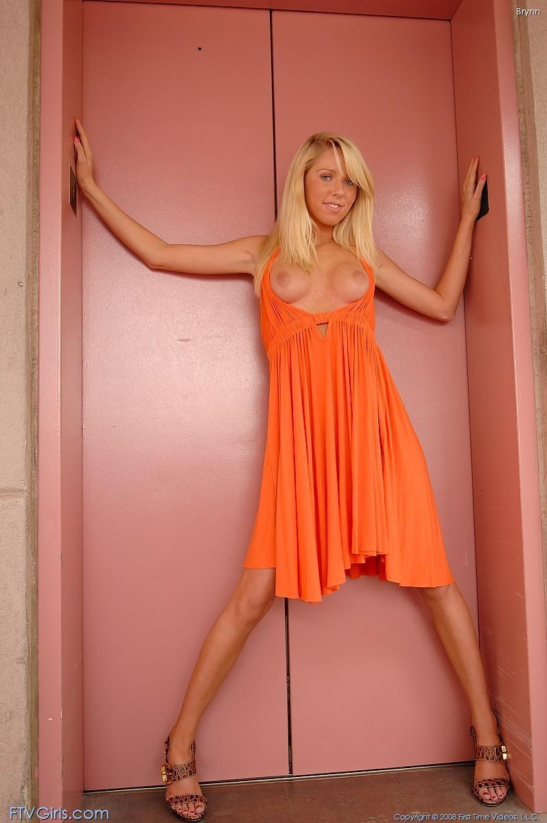 brynn flash in public bottomless orange dress ftvgirls 13