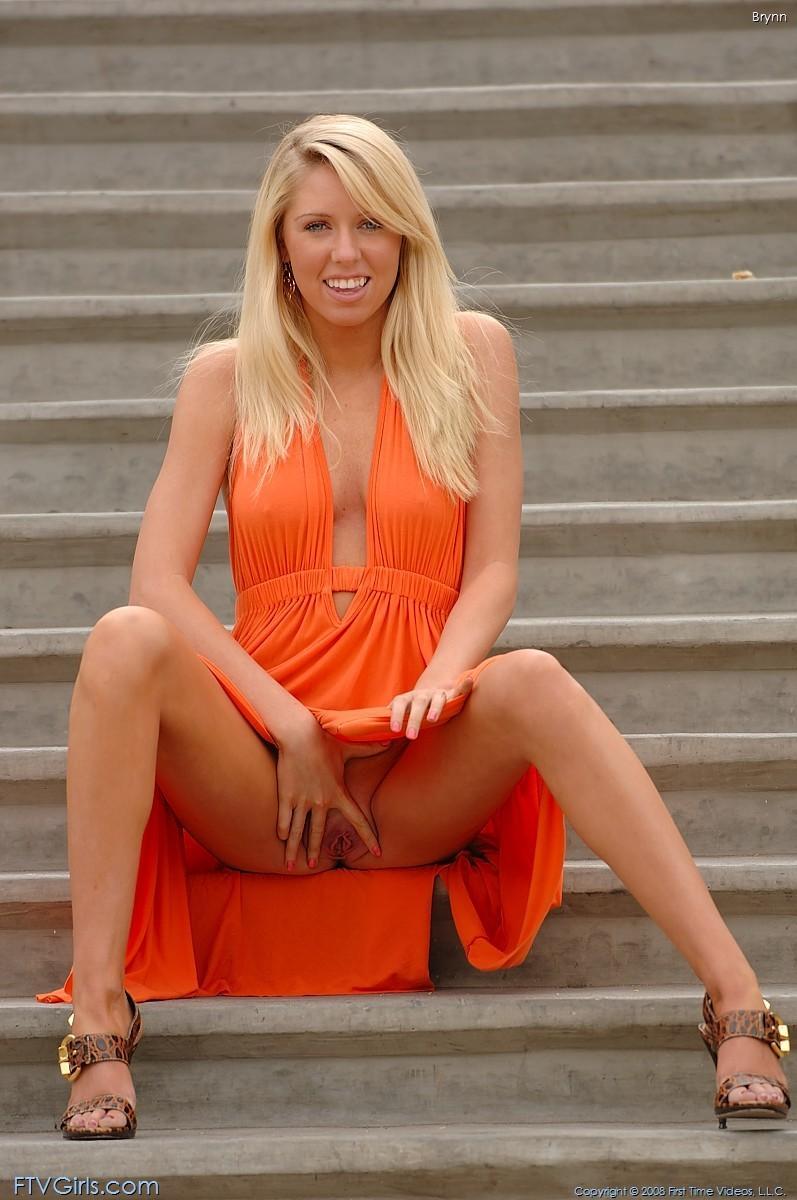 brynn flash in public bottomless orange dress ftvgirls 38