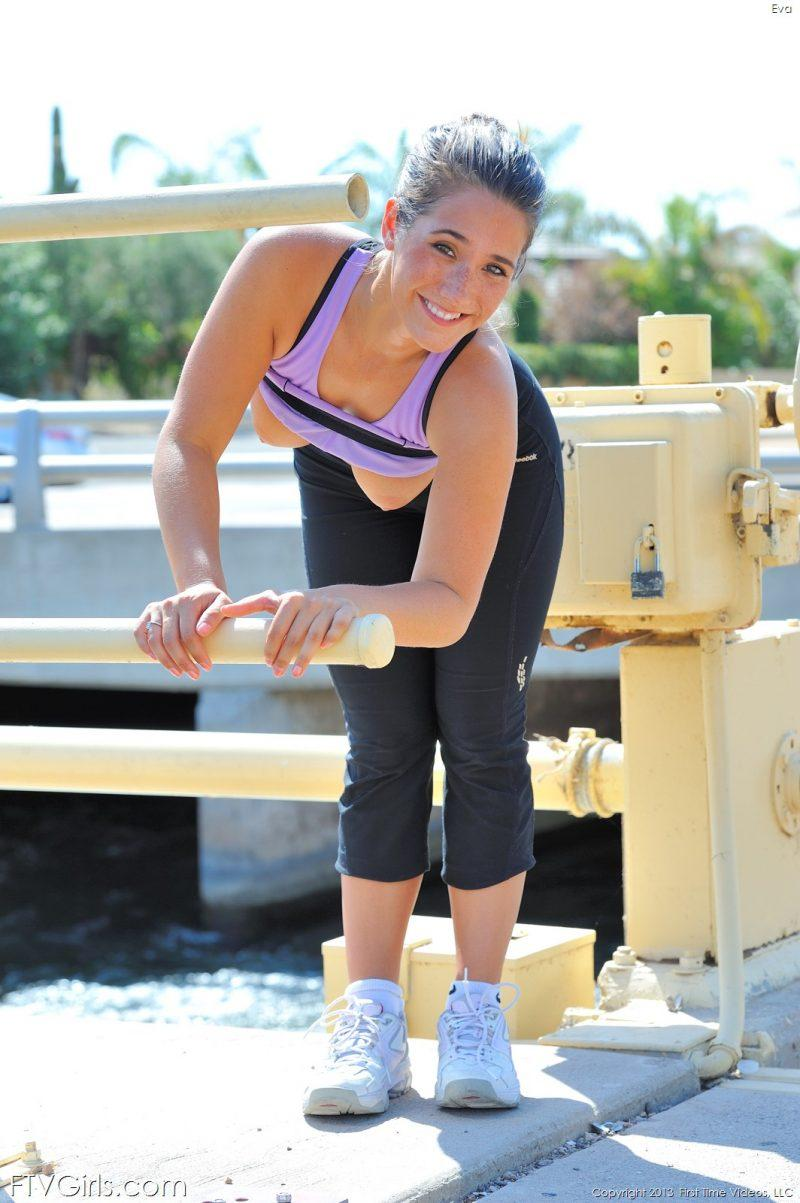 eva flash public jogging workout nude yoga ftvgirls 08 800x1203