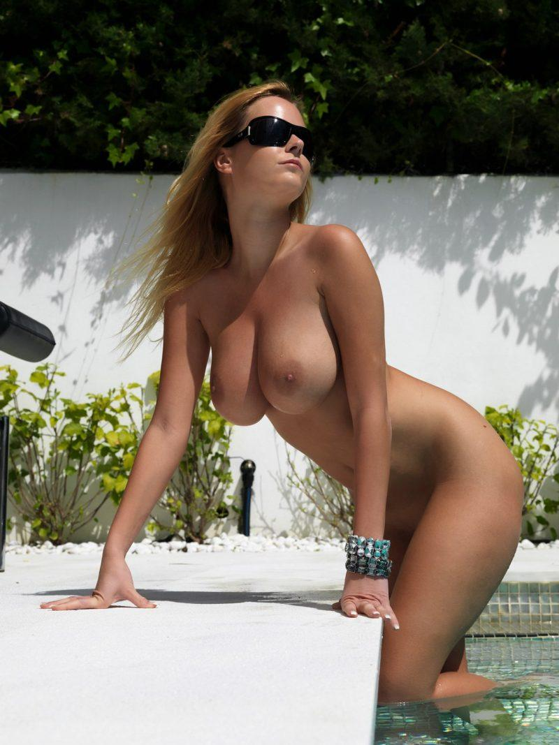 girls nude in pool wet photo mix vol6 93 800x1067