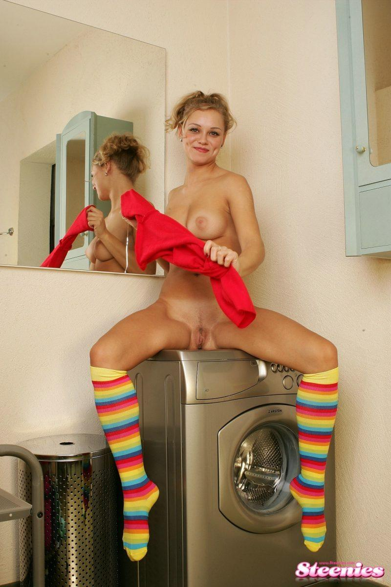 laundry girls nude washing machine photo mix 65 800x1200