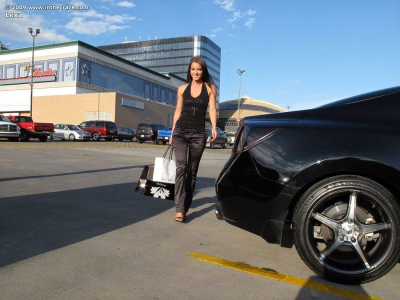lexa parking nude public car inthecrack 01 800x600