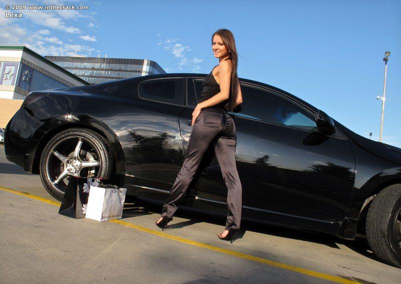 lexa parking nude public car inthecrack 03 800x567