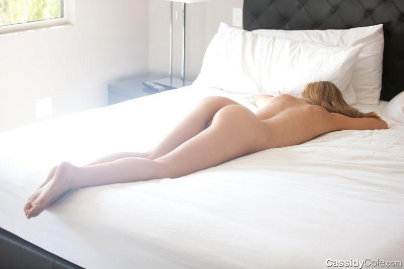 naked girls in bedroom nude mix vol4 51 800x533