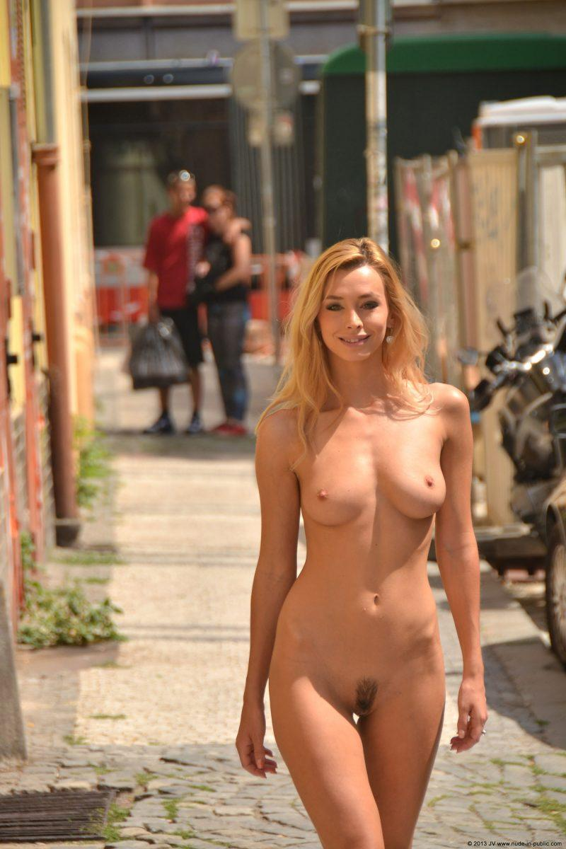 naked girls in public mix vol5 14 800x1200