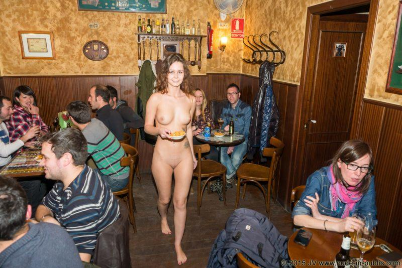 naked girls in public mix vol5 15 800x534