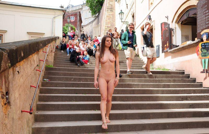 naked girls in public mix vol5 17 800x513