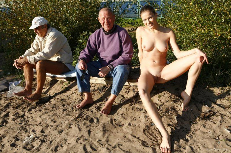 naked girls in public mix vol5 24 800x533