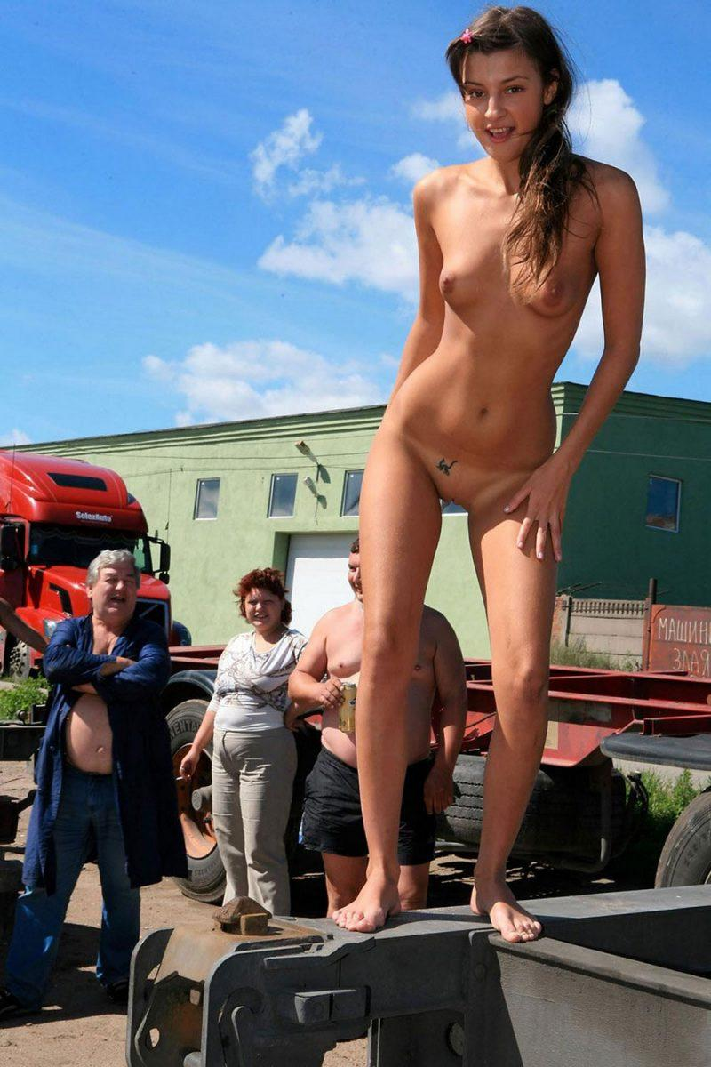 naked girls in public mix vol5 73 800x1200