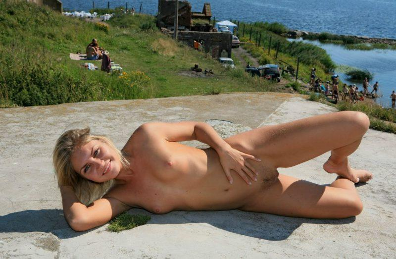 naked girls in public mix vol5 78 800x523