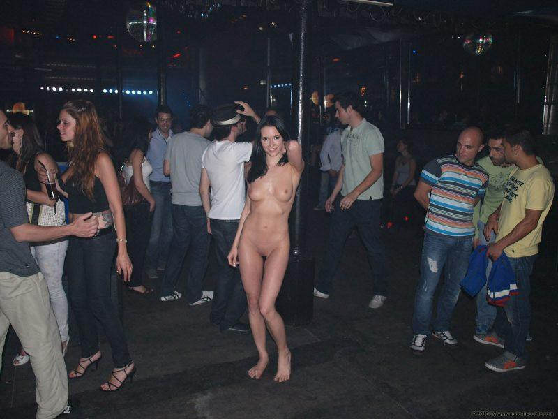 naked girls in public mix vol5 82 800x600