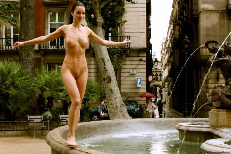 naked girls in public mix vol5 92 800x533