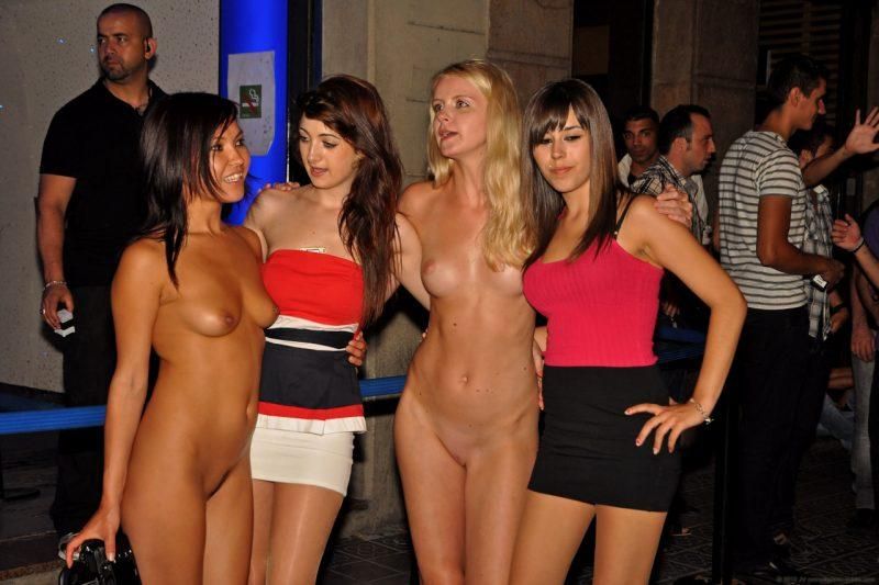 naked girls in public mix vol5 94 800x533