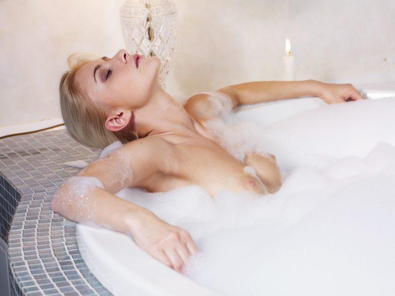 naked girls taking bath boobs wet mix vol4 01 800x599