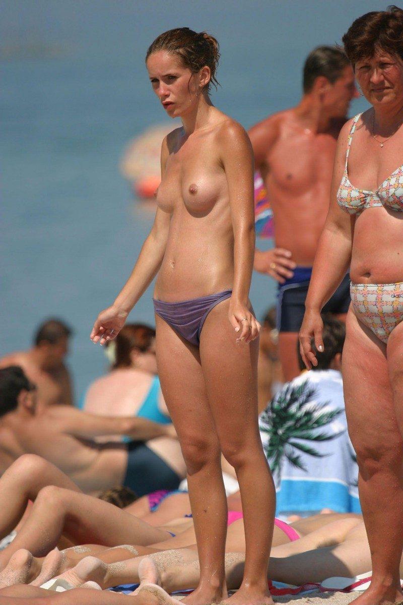 nude beach nudists girls mix vol6 31 800x1200