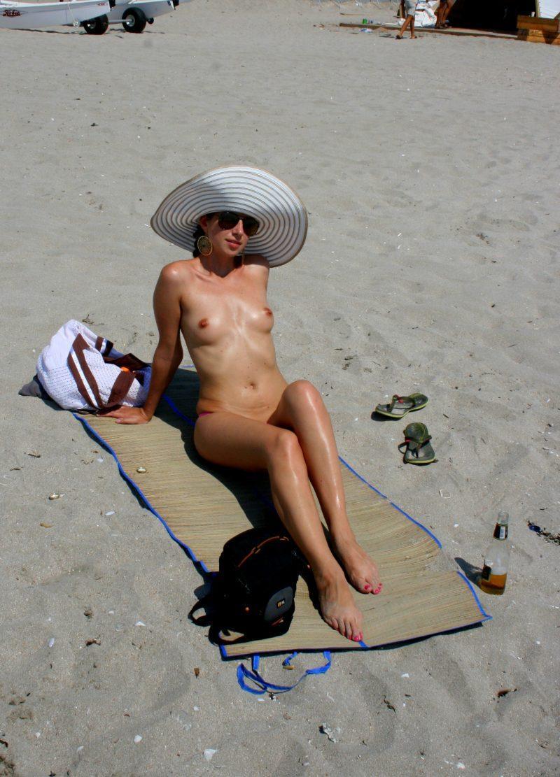nude beach nudists girls mix vol6 88 800x1111