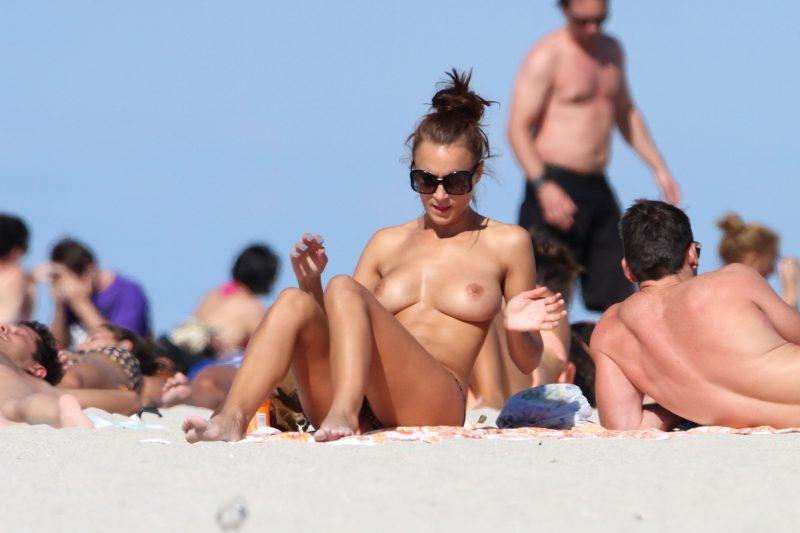 nude beach nudists girls mix vol6 97 800x533