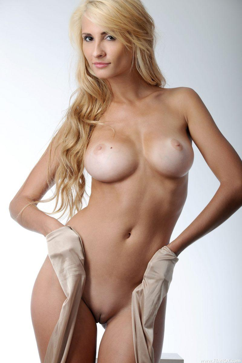 nude blonde girls boobs mix vol7 34 800x1200