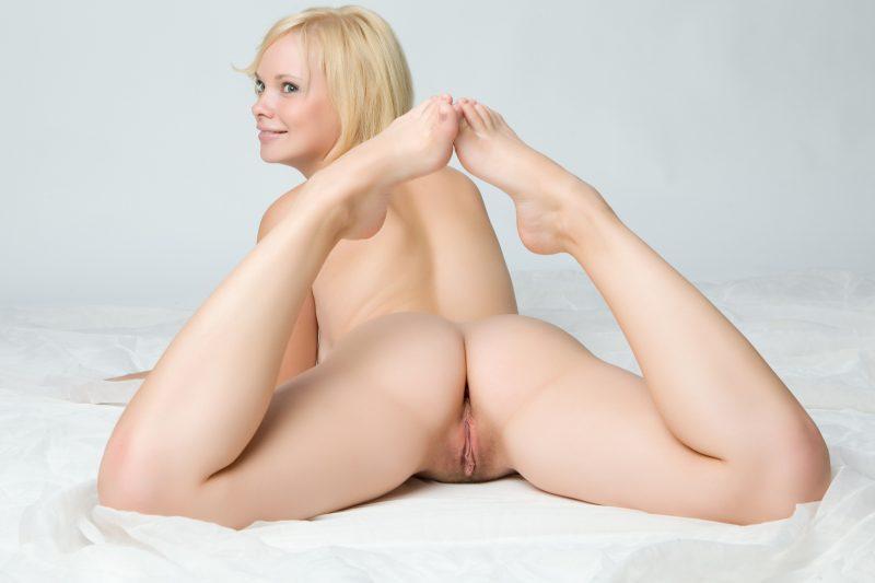 nude blonde girls boobs mix vol7 76 800x533
