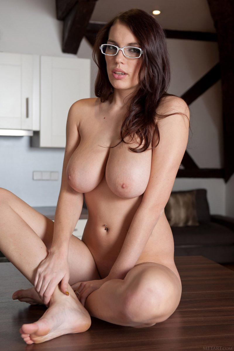 nude girls in glasses boobs mix vol2 64 800x1202
