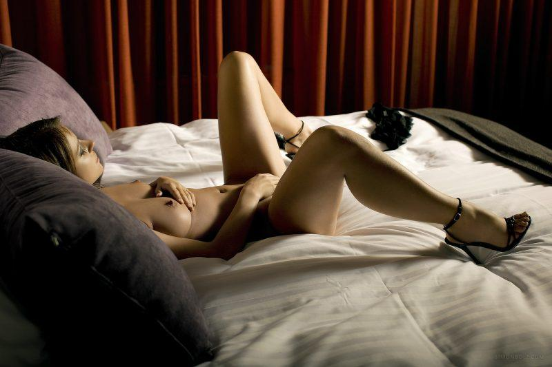 nude girls only in high heels mix 15 800x533