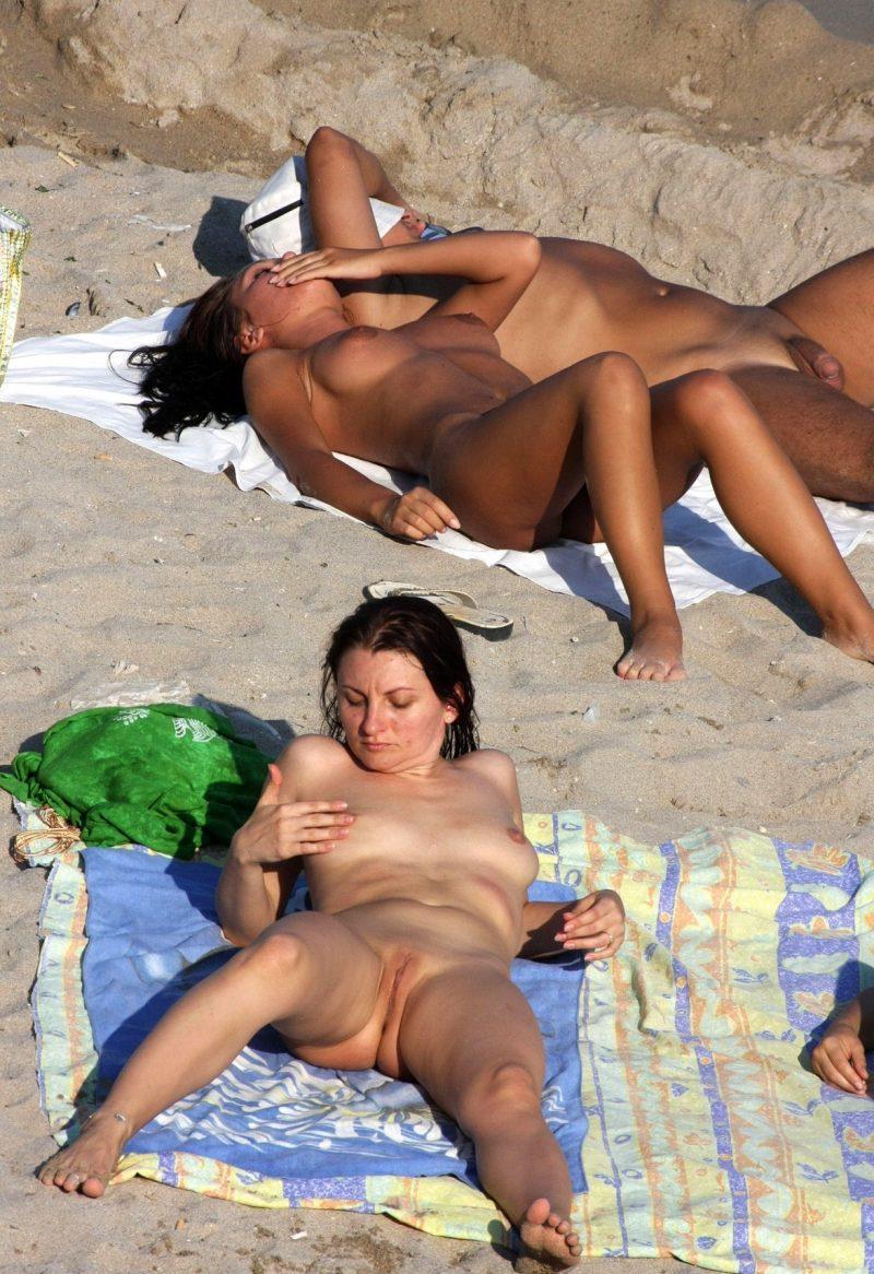 nudists girls boobs beach topless mix vol7 37 800x1166