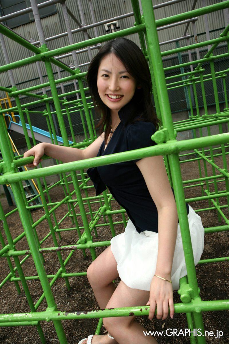 takako kitahara nude japanese boobs skirt graphis 04 800x1200