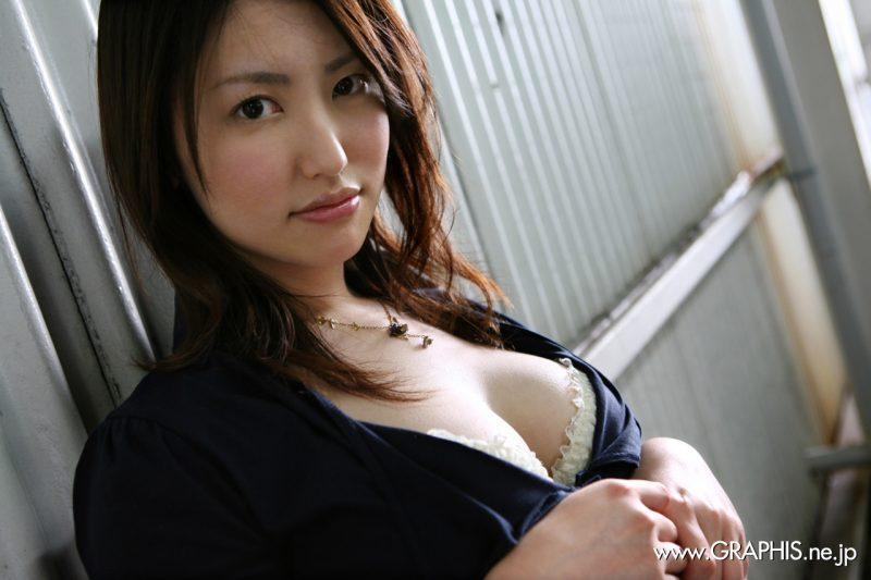 takako kitahara nude japanese boobs skirt graphis 15 800x533