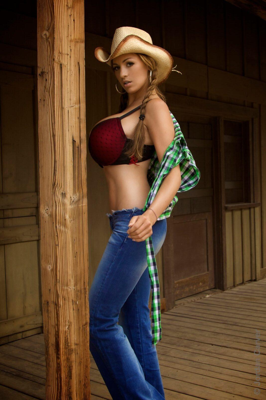 Cowgirl 46