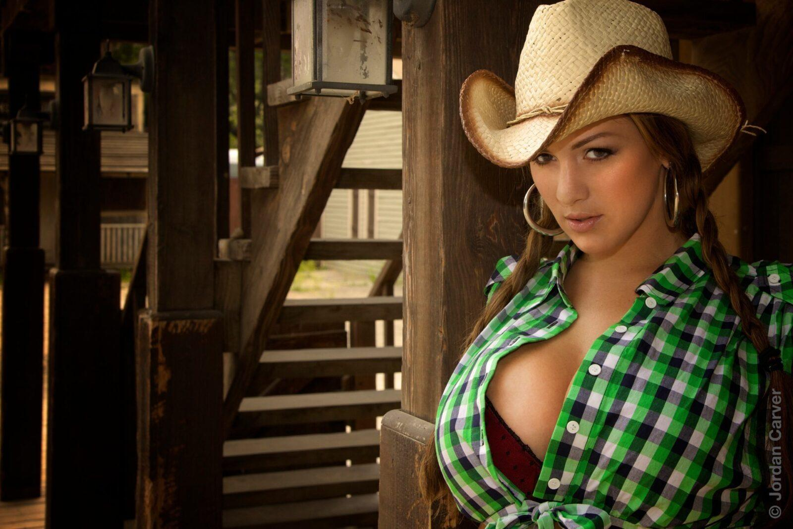 Cowgirl 5