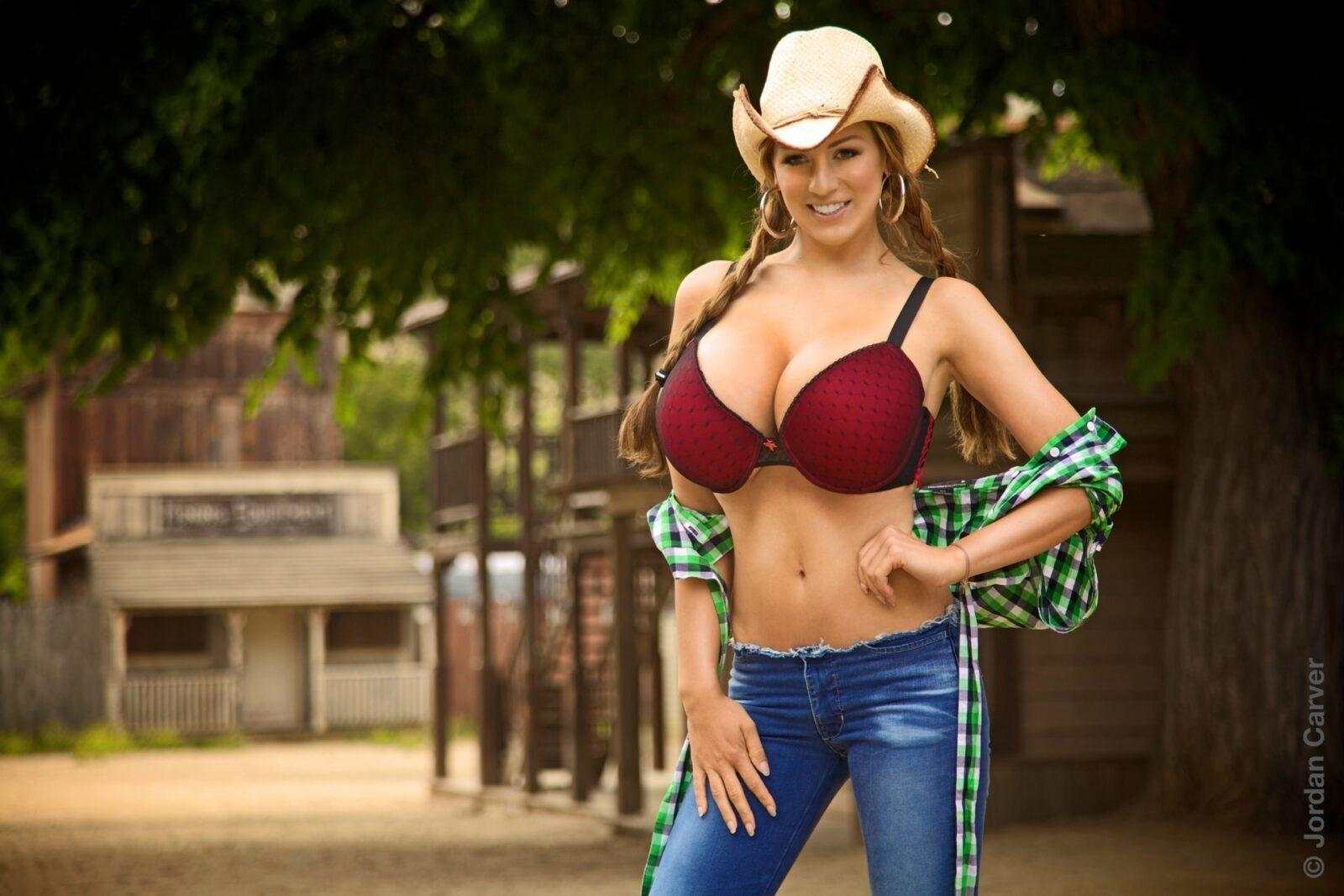 Cowgirl 71