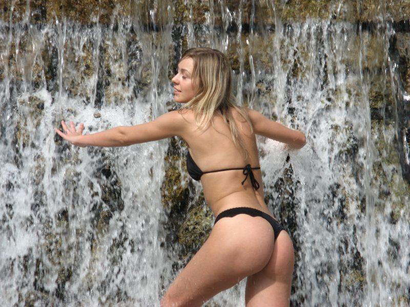 amateur ex girlfriend blonde nude vacation photos 11 800x600