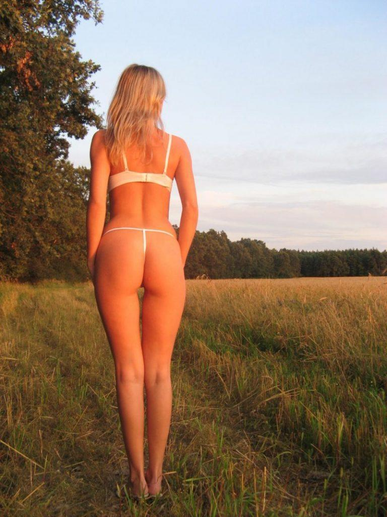 amateur ex girlfriend blonde nude vacation photos 17 800x1067
