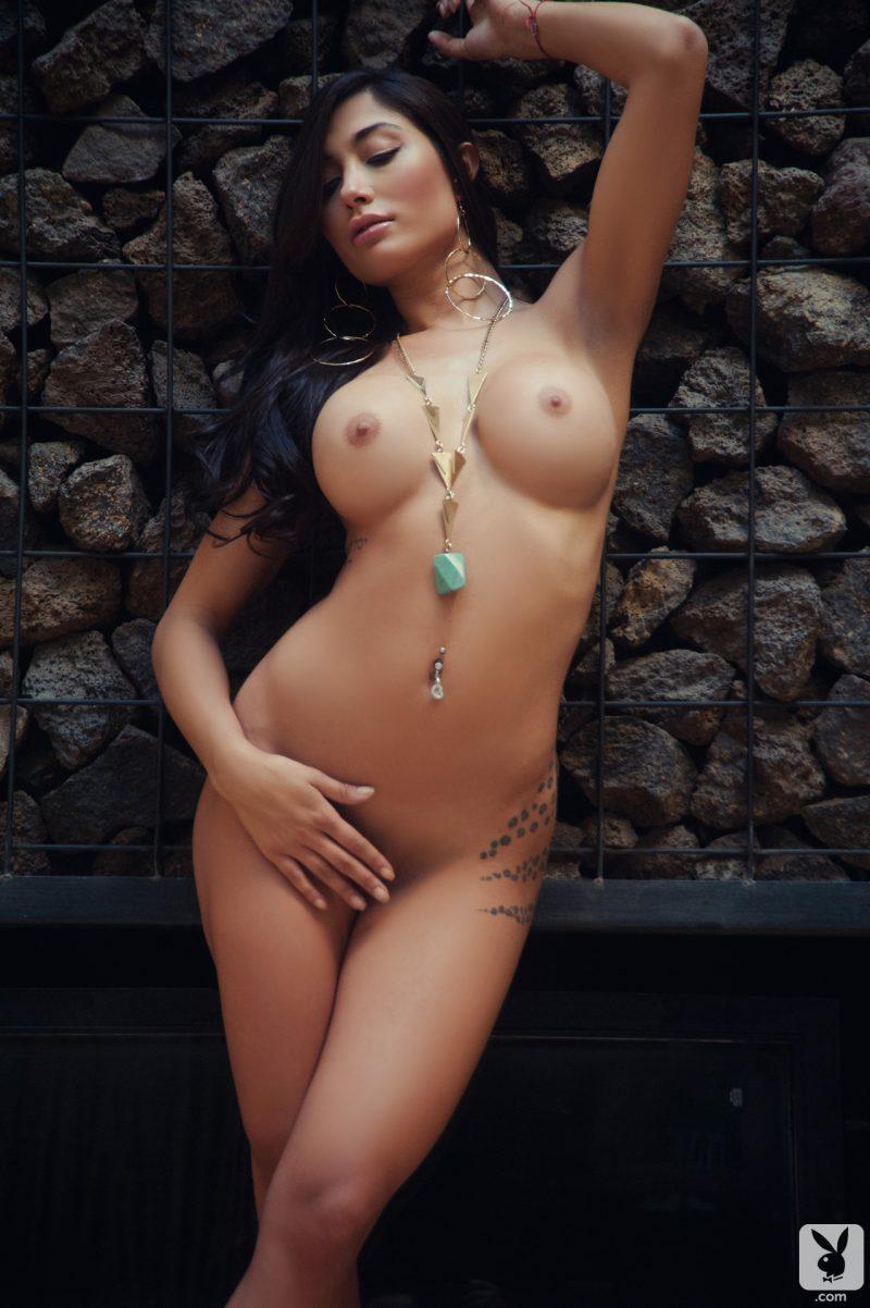 belen lavallen boobs ass naked pink heart playboy 21 800x1202