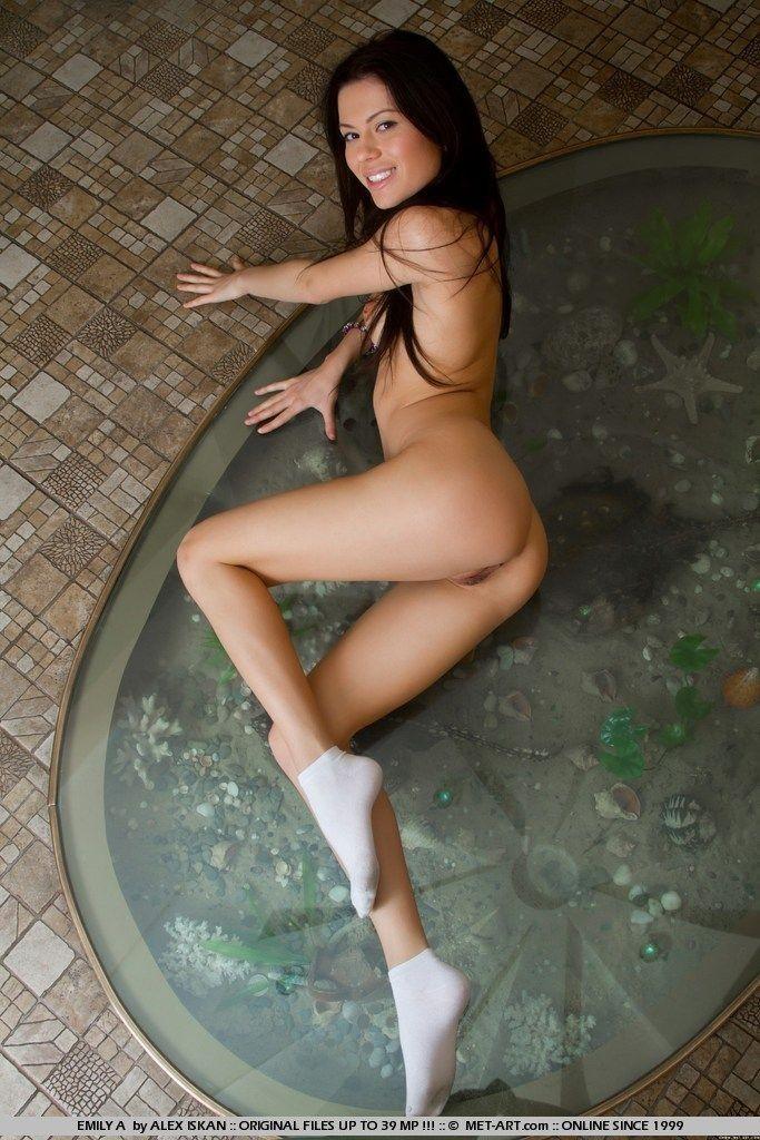girls nude in socks 57