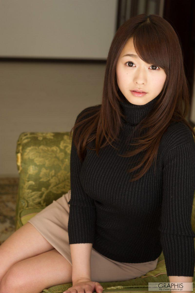marina shiraishi japanese busty asian girl nude graphis 04 800x1202