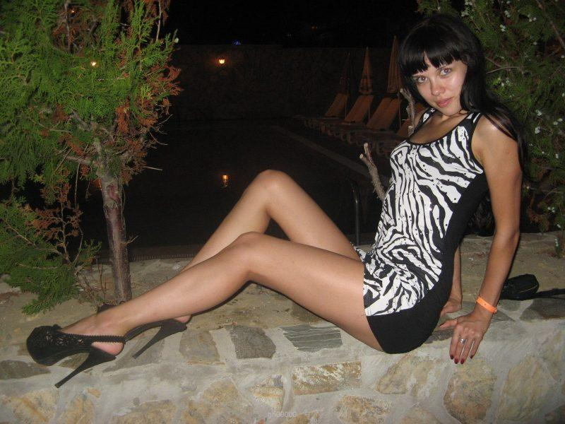naughty russian naked amateur girl on holydays 04 800x600