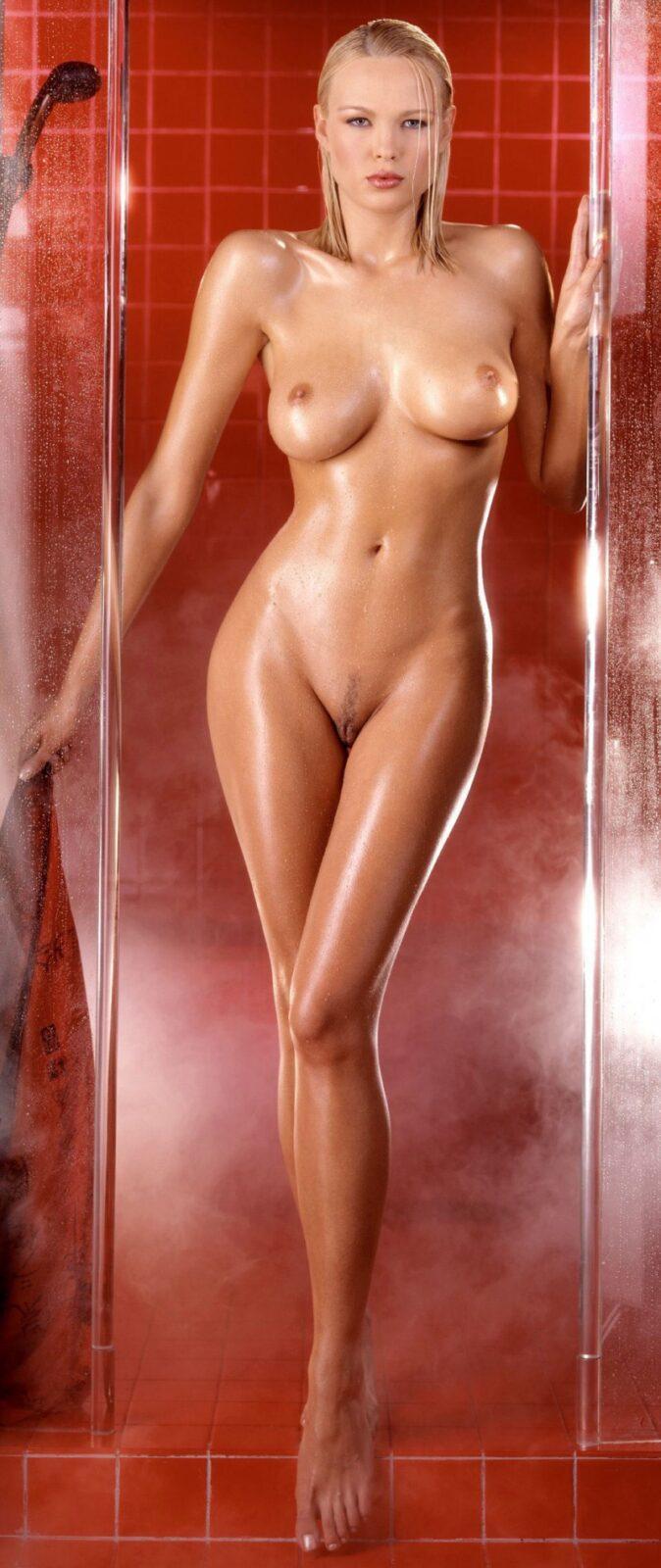 shower beauties 38 800x1900