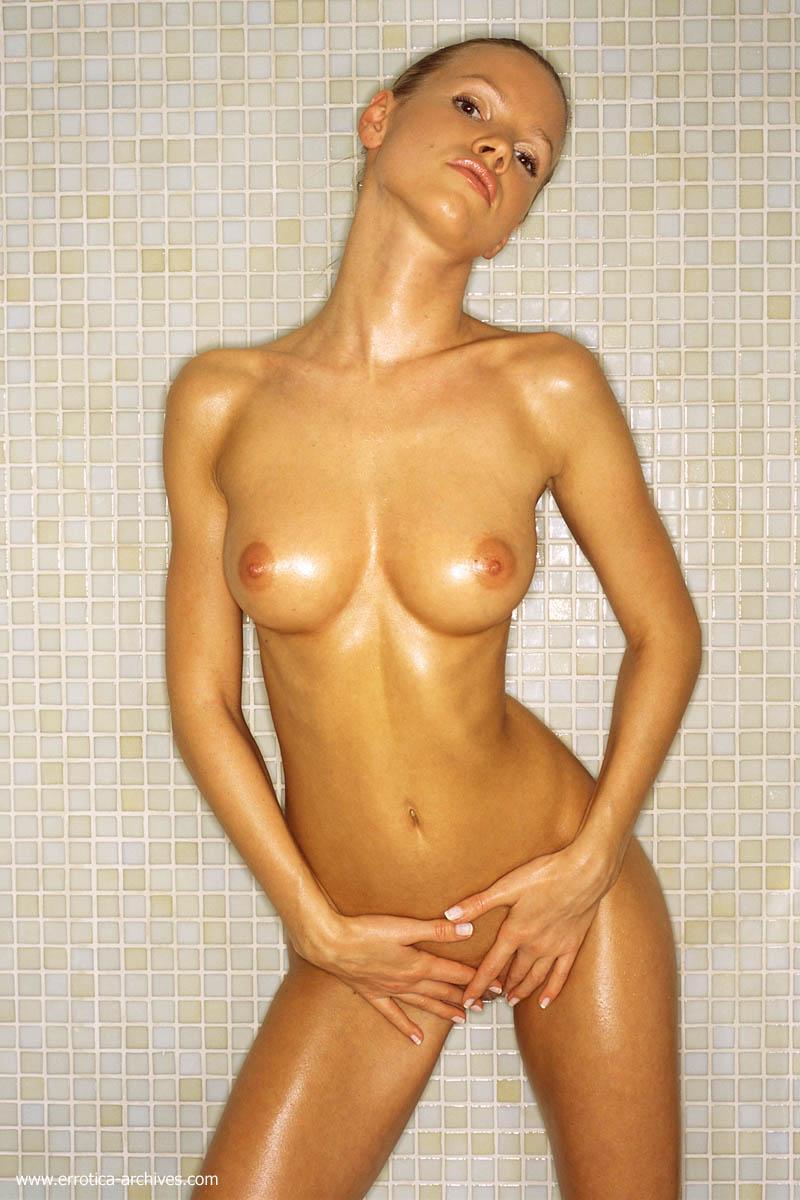 shower beauties 64