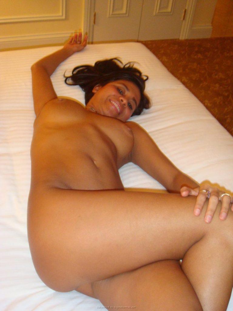 tanned brunette amateur in hotel room 22 800x1067