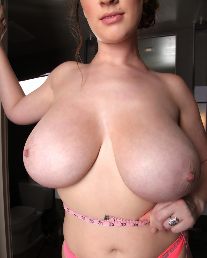lana kendrick boob measuring 2016 set 2 8